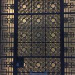 דלת מתכת מעוצבת כמשרביה
